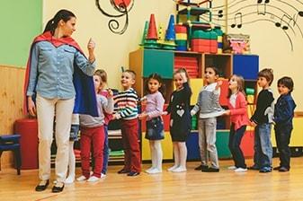 Чужд език в училища и детски градини