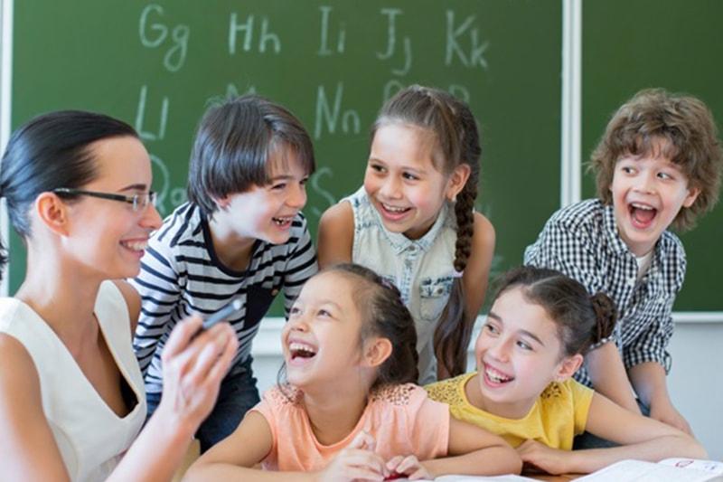 Детски езиков център Оксиния